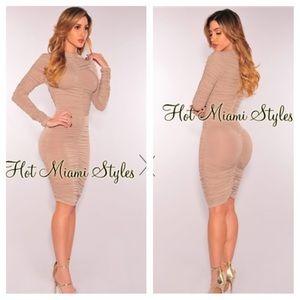 Hot Miami Styles ruched purple midi dress